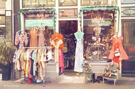 Who don't like shopping! Grab it now..tomorrow it may be gone forever.Walk the streets of Amsterdam Centrum and Shop On. http://www.stayaway.com/Hotel-amsterdam-centrum.html #hotelamsterdamcentrum #stayaway