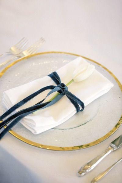Gold, blue velvet and a tulip: http://www.stylemepretty.com/new-zealand-weddings/2015/01/27/cerulean-blue-suede-wedding-inspiration/ | Photography: Lauren & Delwyn - http://www.laurenanddelwyn.co.nz/