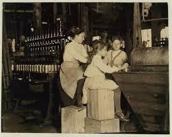 Ο ρόλος των παιδιών που εργάζονταν στα εργοστάσια υπήρξε σημαντικός στην οικονομική ανάπτυξη της Βρετανίας, νωρίτερα από άλλες χώρες. Ωστόσο, η παιδική εργασία υπήρξε θεμελιώδης στη βιομηχανική ανάπτυξη όλων των ευρωπαϊκών χωρών....Στα τέλη του 18ου αι. οι εργοστασιάρχες, επιστράτευαν την παιδική εργασία από ιδρύματα εργασίας & ορφανοτροφεία.