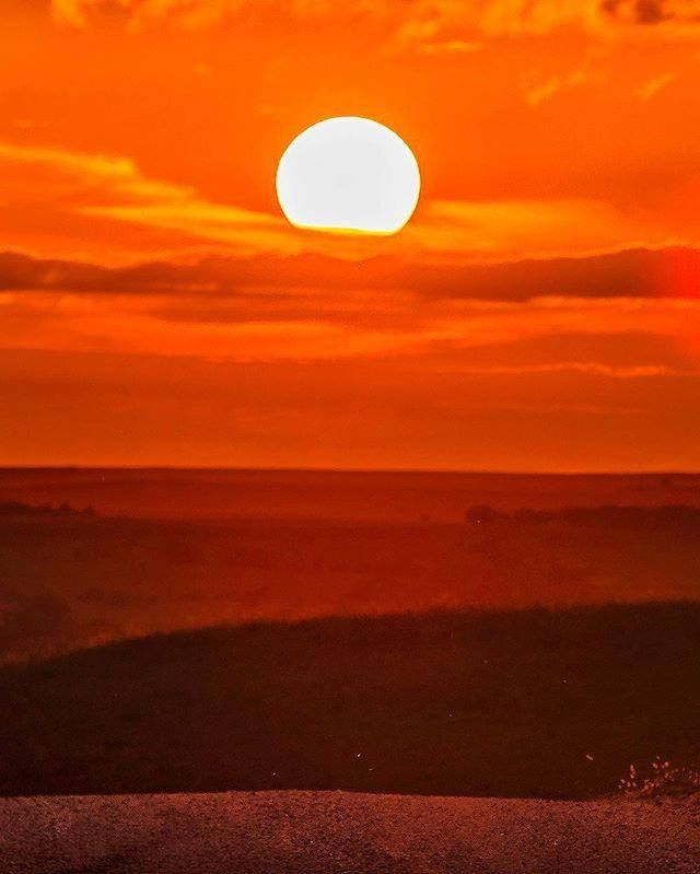 Sunset in the Flint Hills by @macalterego. Wabaunsee County, Kansas USA.