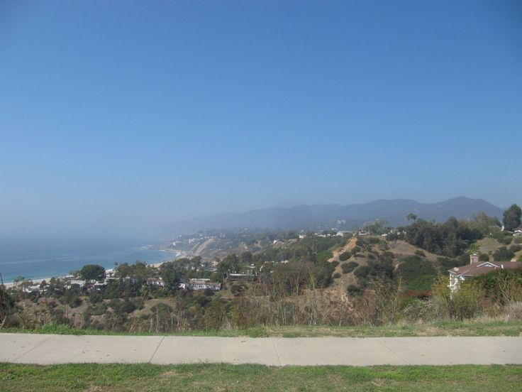 pacific palisades where the mountains meet sea
