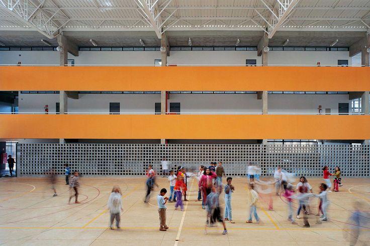 Escola de Ensino Fundamental FDE Campinas F1 / MMBB