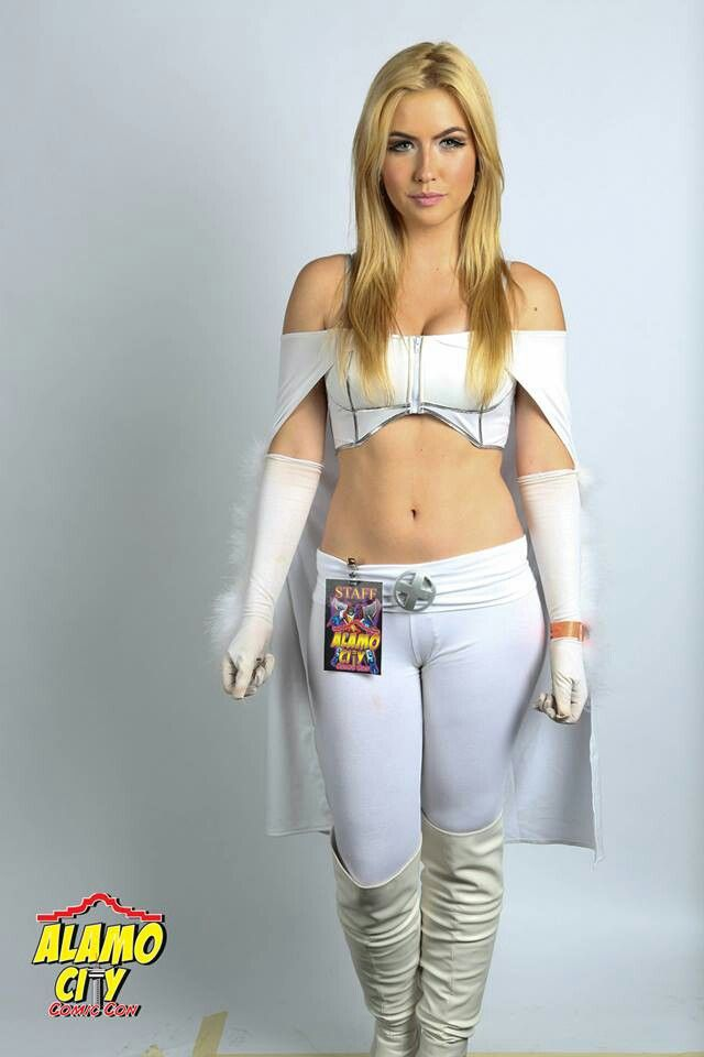 comics girls emma frost - photo #40