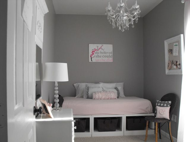 Great little girl to big girl transitional room at Susie Harris: Grey Bedrooms, Decor Ideas, Girls Bedrooms, Susi Harry, Wall Color, Storage Beds, Pink Quilts, Bedrooms Ideas, Girls Rooms