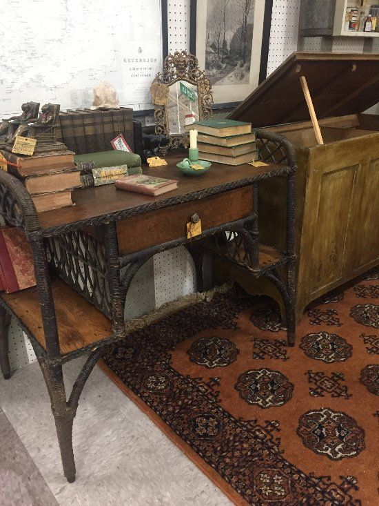 Superb Antique Market Place (Greensboro, NC): My Booth. House Of Commons.