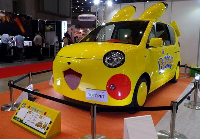 Carro-Toyota-Pikachu-chá-com-cupcakes
