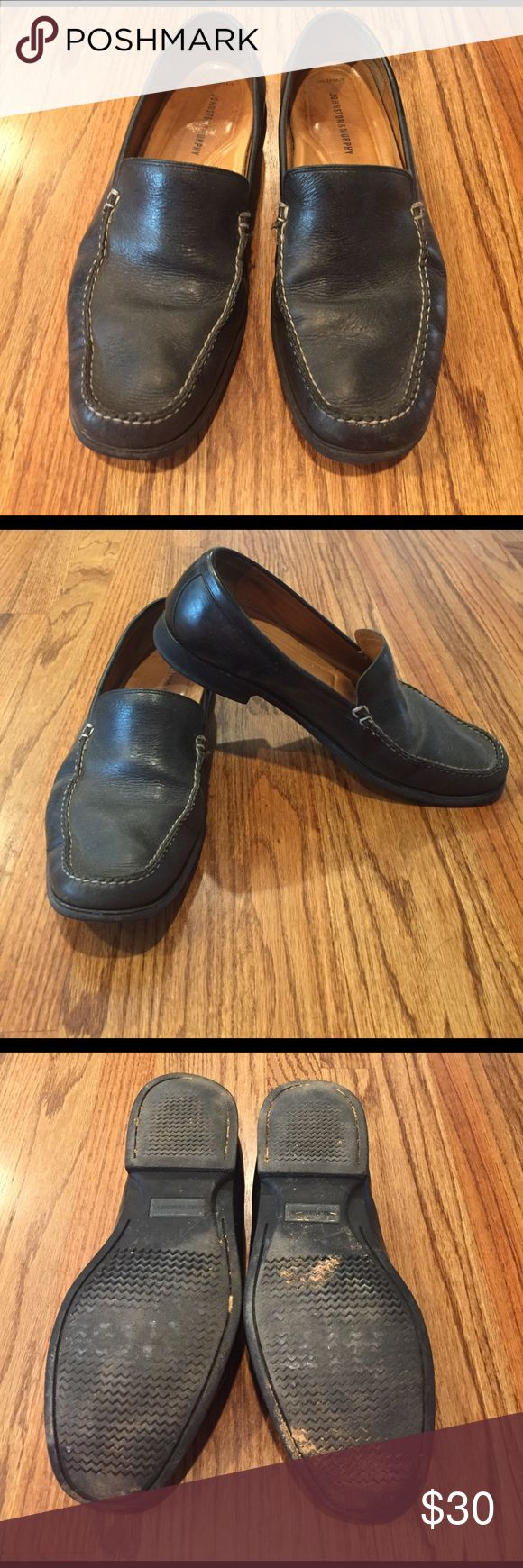 Johnston & Murphy black leather loafer Gently worn.  Black leather and stitching detail.  Slip on style. Johnston & Murphy Shoes Loafers & Slip-Ons