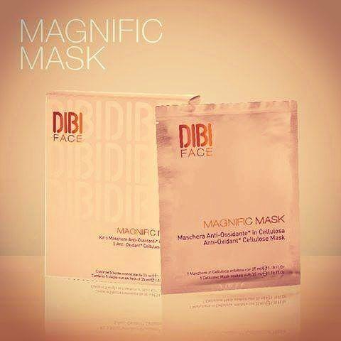 A melhor escolha para os dias agitados e com poucas horas de sono! Para uma pele mais cansada apresentamos-lhe a máscara antioxidante de celulose Magnific Mask. Visite-nos, esperamos por si… GO follow ▶ @thetree.wellness #TheTree2016...
