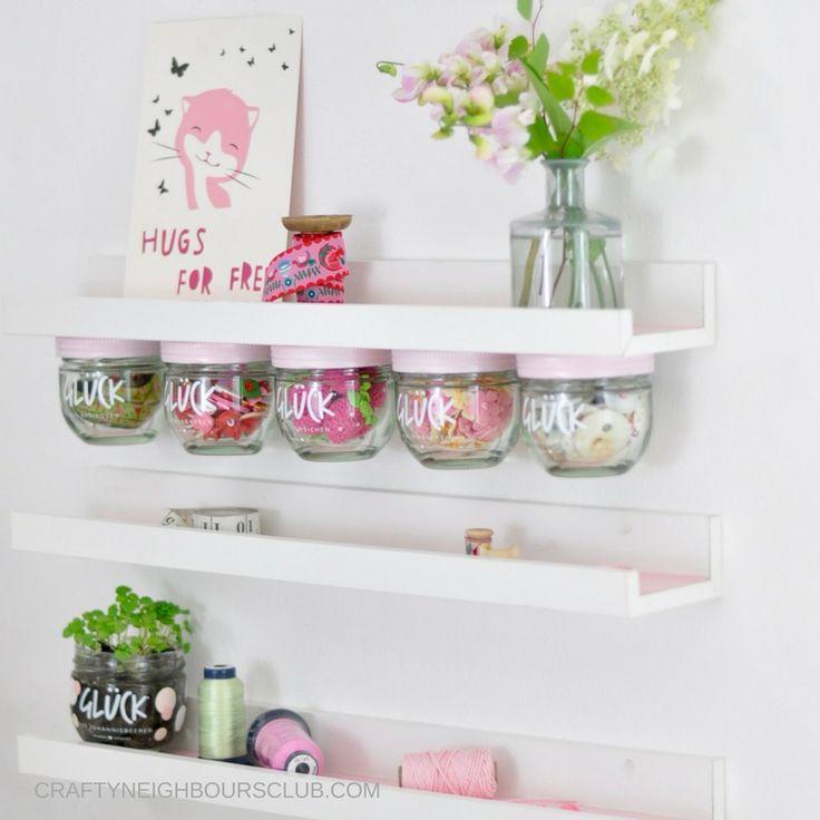 DIY Regal upcycling Ideen aus leeren Marmeladegläsern