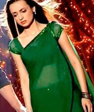 Glittery green color but still a simple saree!! Hey Girl are you sad even after wearing this saree?? BUT I am sad that will I able to wear it at least once??
