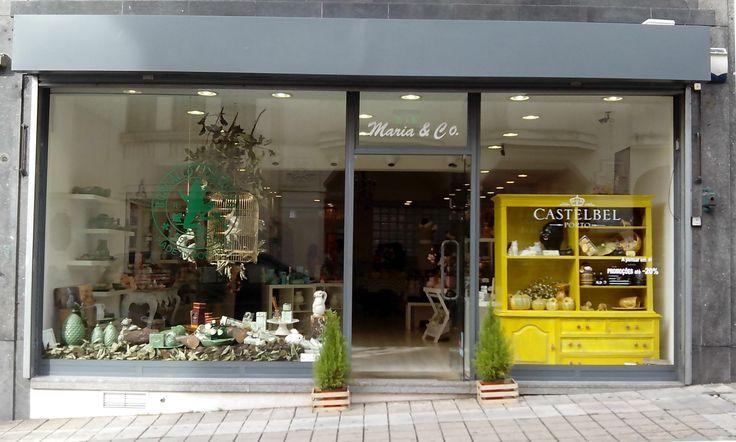 Maria & Co | Um espaço com um conceito inovador onde pode encontrar artigos de beleza, moda e decoração...na Rua da Firmeza