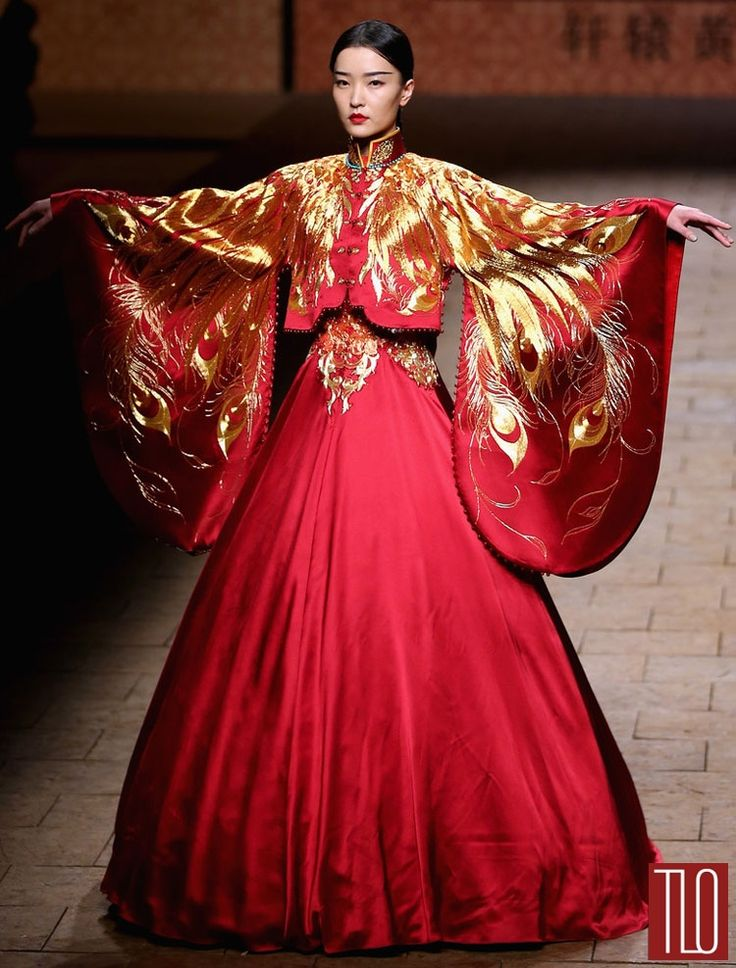 """This is so fabulous! """"That's right, people, just drink this in"""" China-Fashion-Week-Spring -2015-Zhan-Zhifeng (1)"""