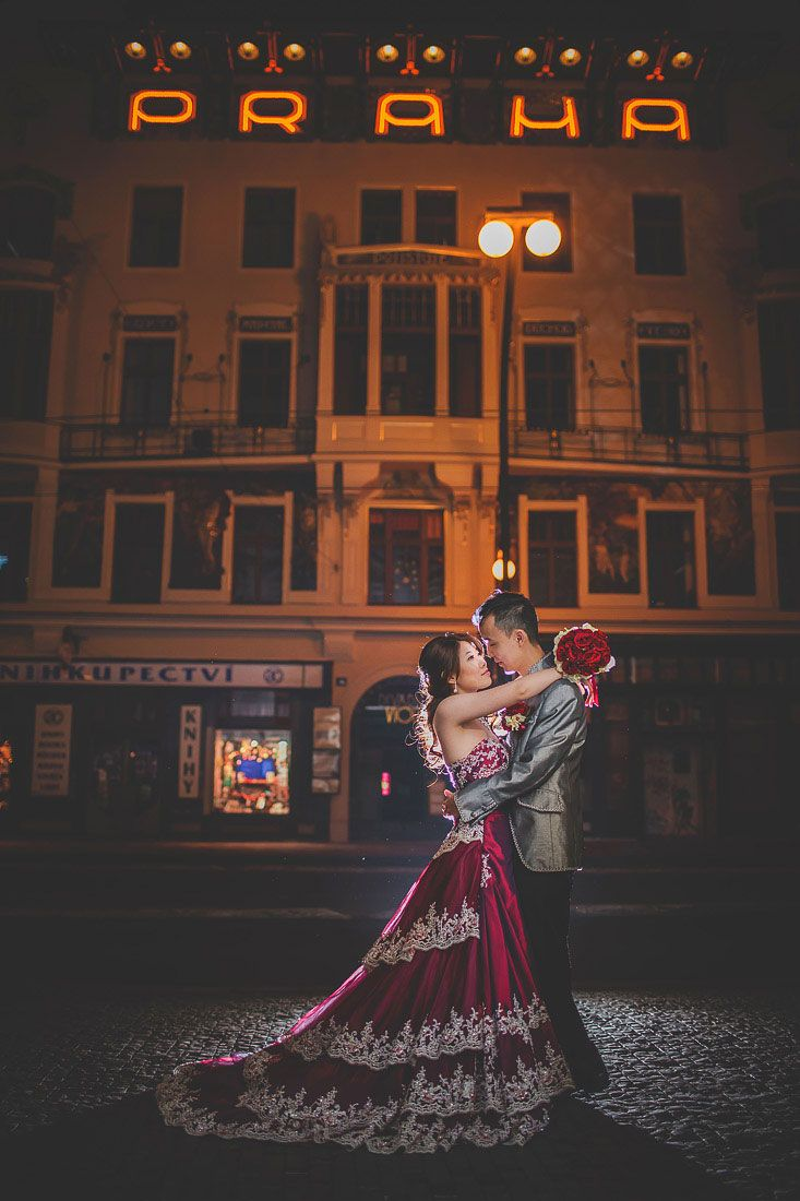 Sandy & Jimmy's romantic Pre Wedding Portrait Session in Prague