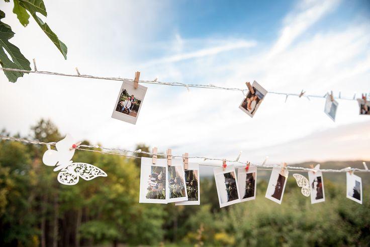 wedding in tuscany - wedding decoration - wedding decor - polaroid - wedding decor polaroid - wedding photos - tuscan wedding - country chic decorph. Odiza Fotografie