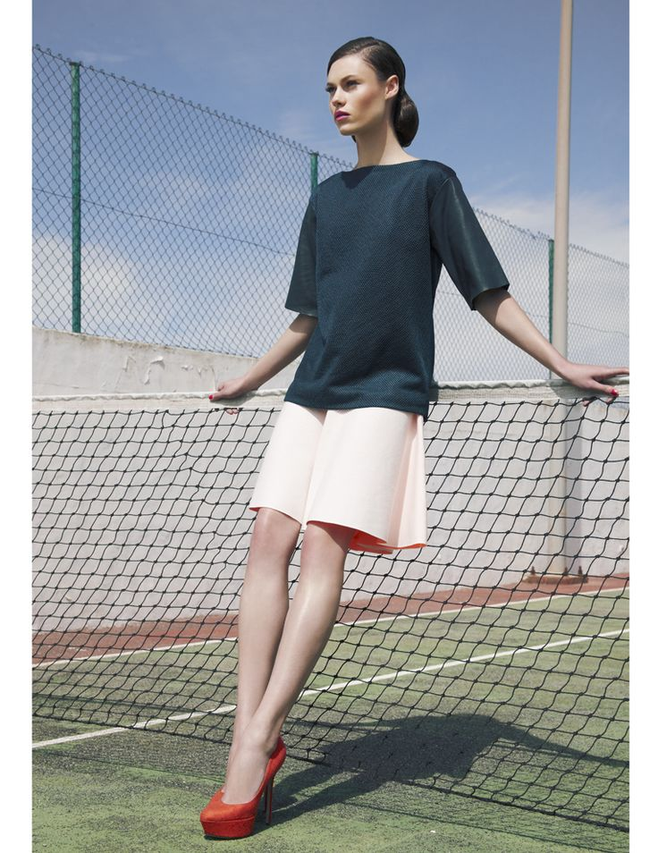 Cos. Retro. Editorial sport chic. Tennis