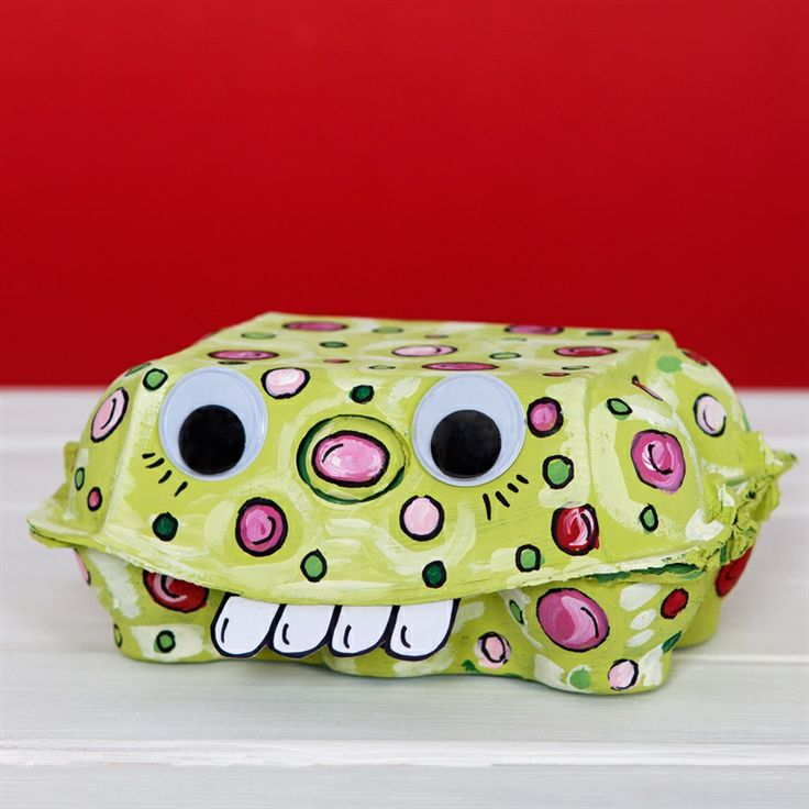 Perfect classroom activity with this Monster Egg Box.