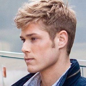 Mason Dye - Bio, Facts, Family | Famous Birthdays