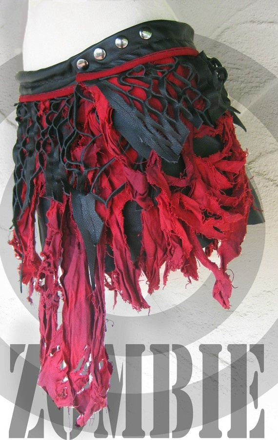 Post Apoc Zombie Skirt @Baylie Carlson Wright @Taryn H Spivey >> Could be used for Rufio cosplay