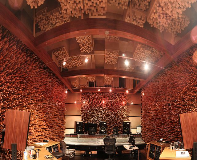 Awe Inspiring Blackbird Recording Studio The Stick Room Achieves Exceptional Largest Home Design Picture Inspirations Pitcheantrous