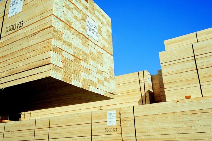 Spruce sawn timber is delivered to Mokbel A. Al Khalaf to be used in concrete shuttering