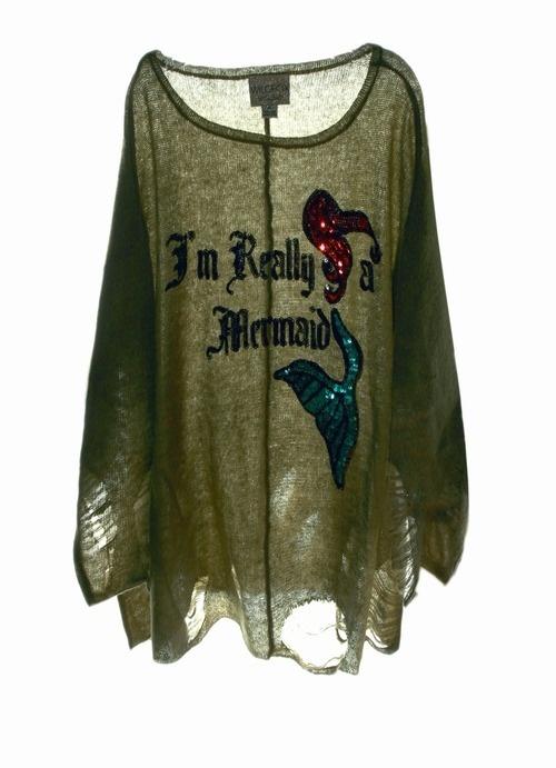Little Mermaid shirt! Want!