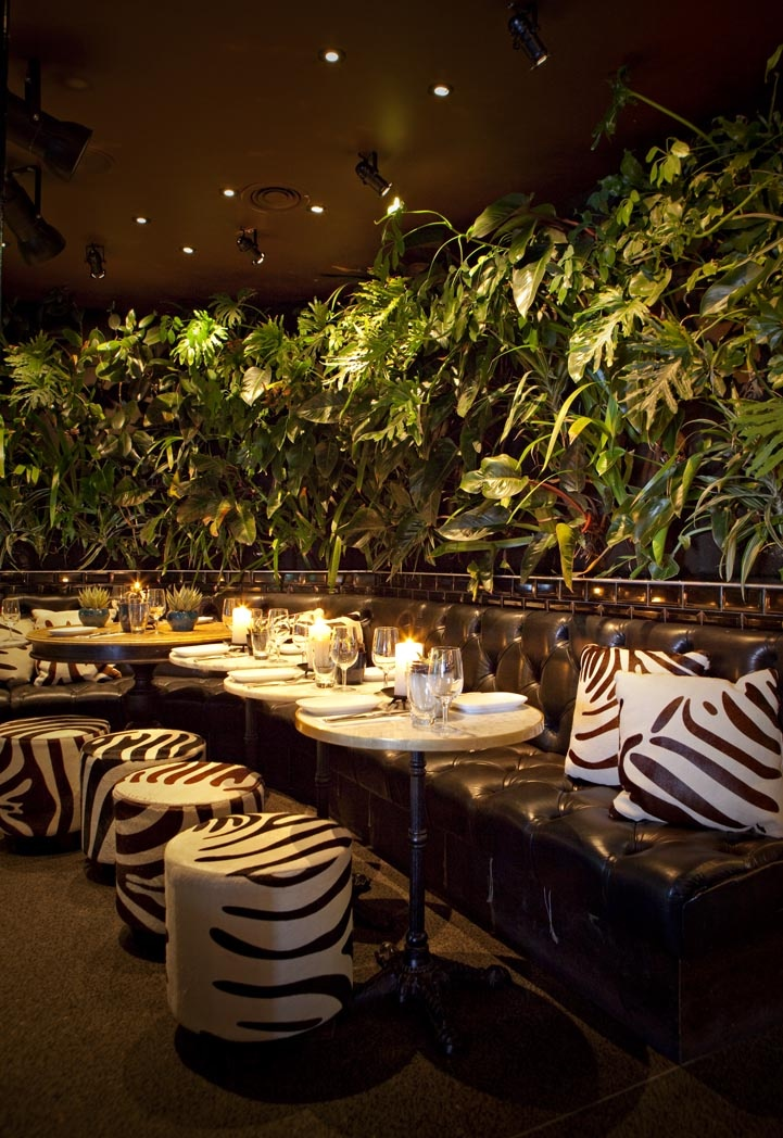 The Sebel Manly overlooks Manly beach and offers high quality accommodation and conference facilities. Also has an onsite restaurant called Manly Wine with the Zebra Cage, a great space for small group dinners. more info at www.sydneyhotelconferences.com/Hotel-SebelManlyBeach.htm