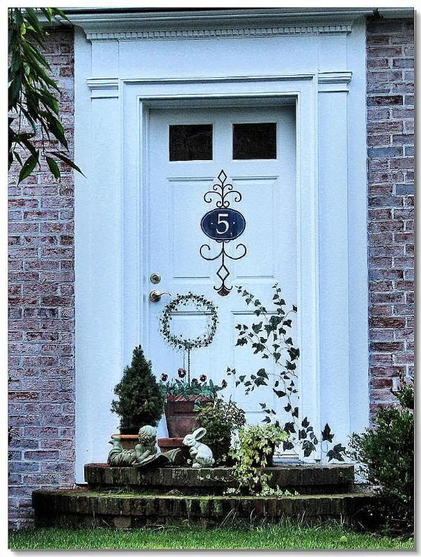 stencilled artwork on front door | Front Door Stenciled | \  Front Doorways \  | Pinterest & 118 best Doors images on Pinterest | Front doors Entrance doors and ...