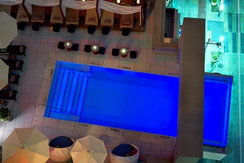 want to visit this place...cool features  Downtown Dallas Hotels | PIctures of The Joule, Dallas