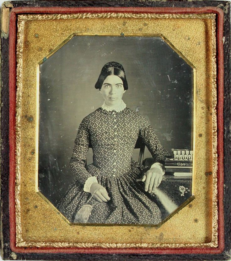 http://www.ebay.com/itm/Sharp-Musical-Daguerrreotype-of-Pretty-Woman-with-Concertina-Instrument-C1840s-/263095326333?hash=item3d41b4167d:g:mhYAAOSwAAVZbr4l