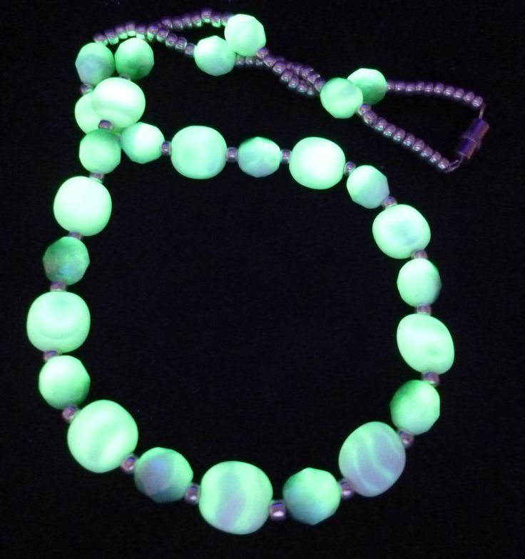"16"" 410mm Czech Glass Beads Necklace Uranium Green White Vintage UV Glowing by MuchMoreThanButtons on Etsy"