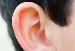 An earache can be caused both by infection within parts of the ear or by pressure from a cold. An ear infection occurs as a result of trapped moisture within the ear or surrounding the outer ear canal. Earaches that include infection can be treated with antibiotics, pain reliever, and sometimes a steroid to reduce swelling. An earache from sinus...