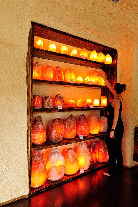 17 best ideas about himalayan salt lamp on pinterest for Large salt rock lamp