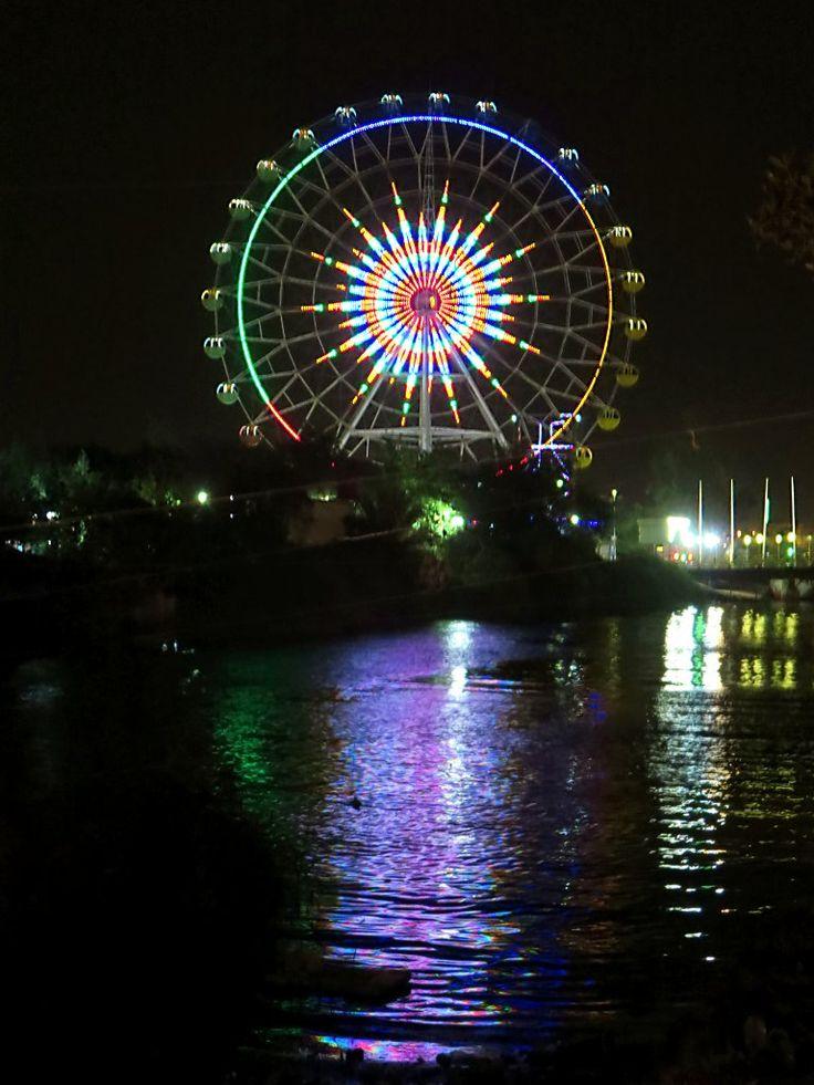 The Al Ashar Fun City in Basra, Iraq, has a large Ferris wheel.