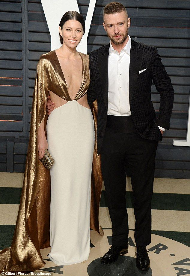 Twice as nice!Jessica Biel looked just as stunning for the Vanity Fair Oscars after party as she joined Justin Timberlake at the swanky Los Angeles bash