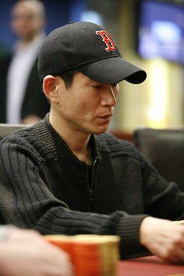 Wang Che Jung is een 33-jarige zakenman spelen van poker voor 2 maanden en won de eerste live toernooi - #Casinosonline