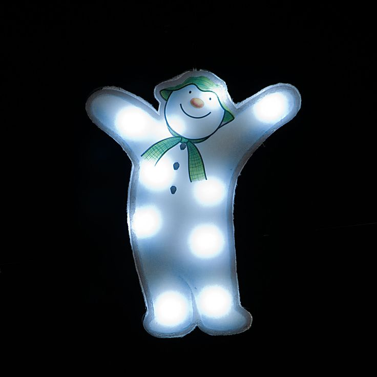 Raymond Briggs The Snowman Christmas Tree Decorations: The Snowman Window Sticker With 10 Battery Operated Ice