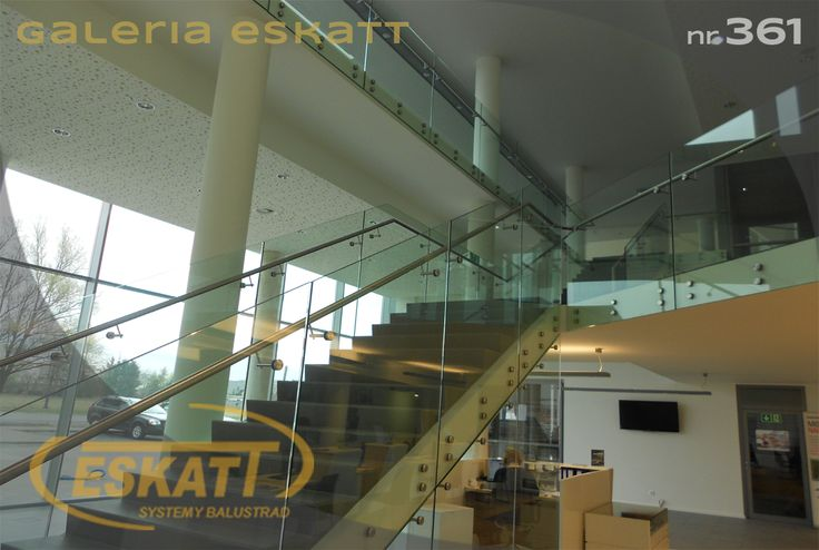 Structural glass balustrade, with clamps #balustrade #eskatt #construction #stairs
