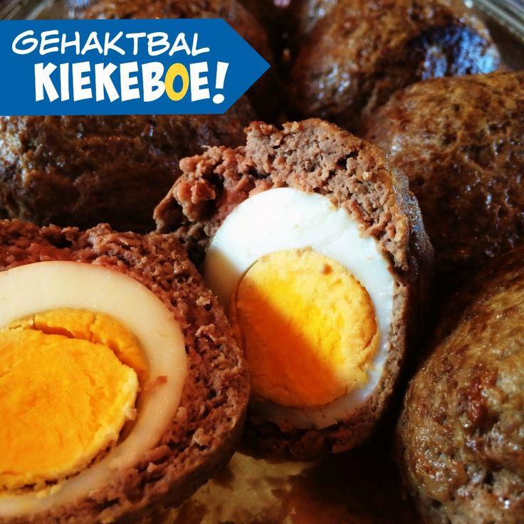Dit recept staat ook wel bekend als Vogelnestje of Scotch eggs. Het zijn  gehaktballen met daarin een hardgekookt eitje. Normaal gesproken worden de  'vogelnestjes' gefrituurd of gebakken met een dikke laag broodkruimels er  omheen, maar een Paleo versie is makkelijk en snel gemaakt. Zijn jullie er  klaar voor?