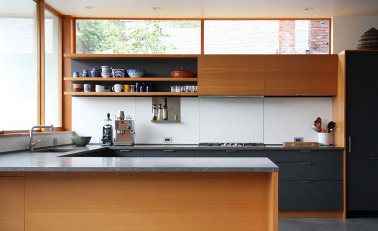 beautiful modern kitchen using Henrybuilt cabinetry (via Desire to Inspire)