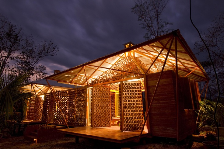 WORLD'S BEST PRIVATE HOUSE AT THE WAF AWARDS 2010