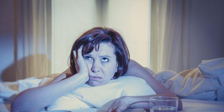 Costumas acordar durante a noite à mesma hora? O que isso quer dizer! O que significa…