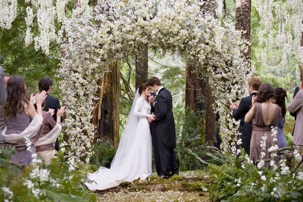 wedding scene from Breaking Dawn