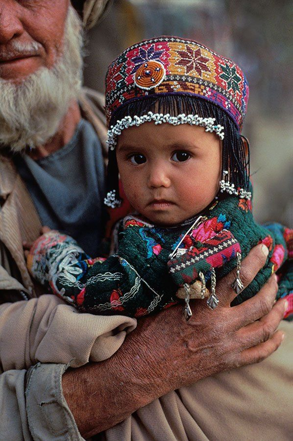 Afghanistan- Steve McCurry - Innocent Faces of the World....EB