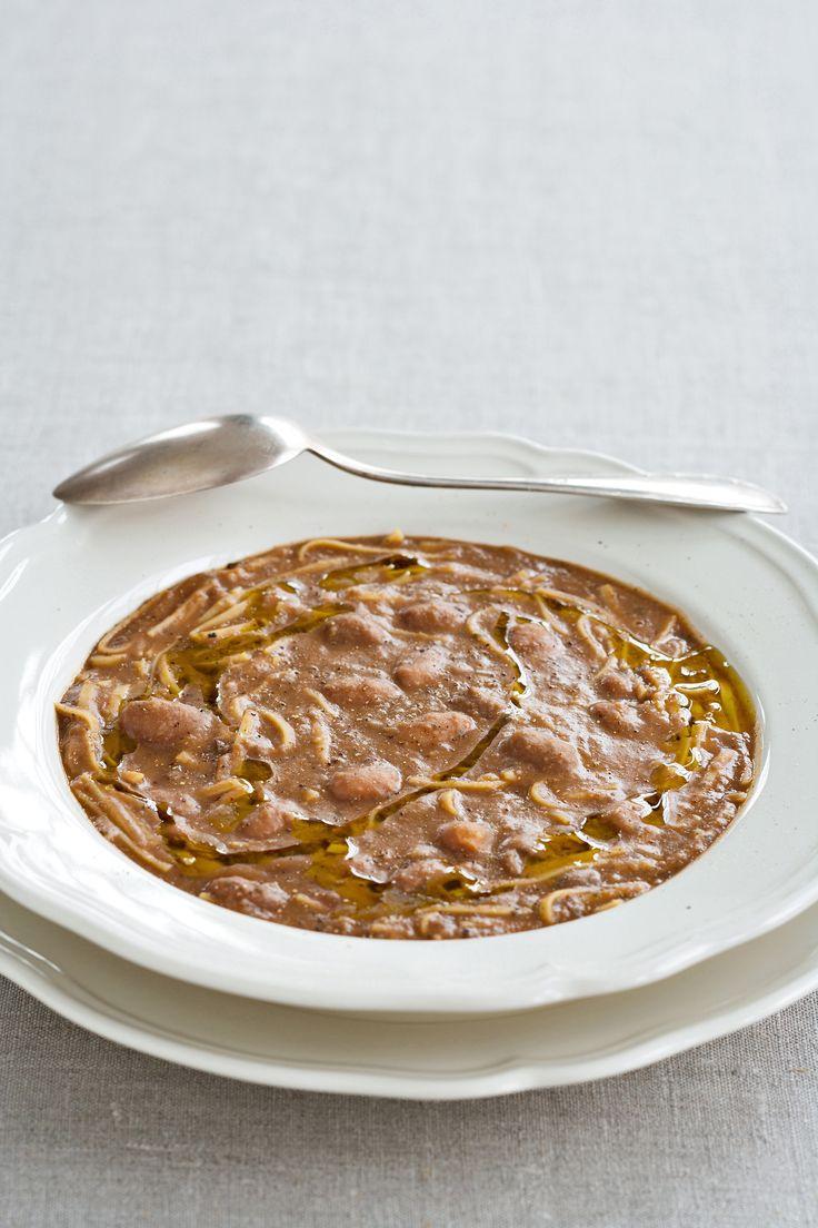 Una minestra deliziosa dal sapore antico: prova la pasta e fagioli alla veneta secondo la semplice ricetta di Sale&Pepe.