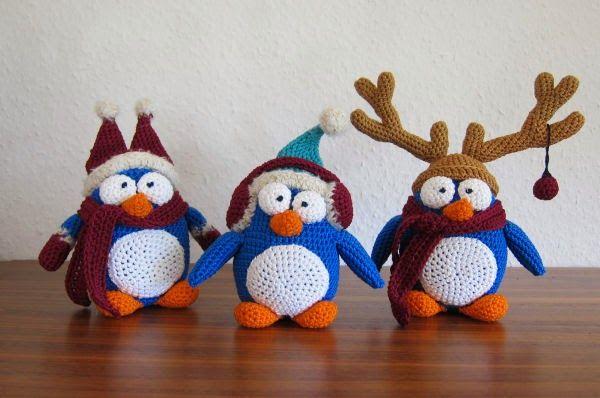 X-Mas Penguins - Free Amigurumi Pattern here: http://stephiskoestlichkeiten.blogspot.de/2014/12/x-mas-penguins.html