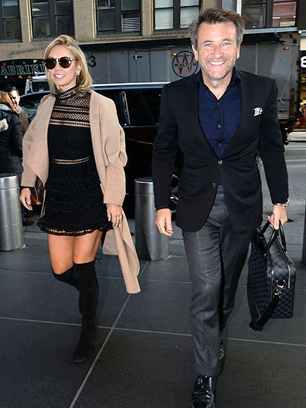 Star Tracks: Thursday, January 21, 2016 | COUPLED UP | Shark Tank's Robert Herjavec and former Dancing with the Stars partner/now-girlfriend Kym Johnson walk through N.Y.C. on Wednesday.