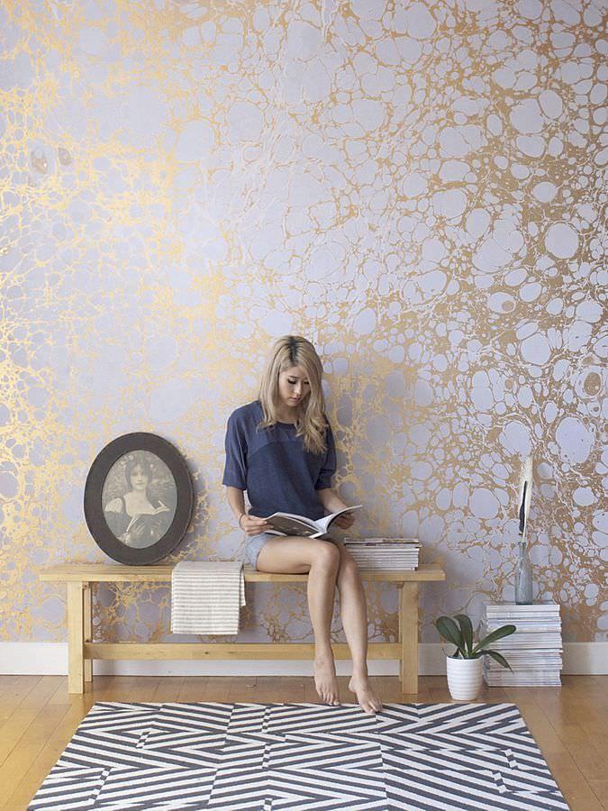 gold leaf wallpaper for the home pinterest papier. Black Bedroom Furniture Sets. Home Design Ideas