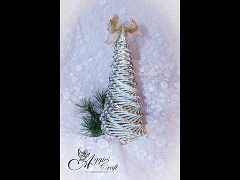 flower Paper Quilling how to make a beautiful Christmas Tree Greeting Card - YouTube