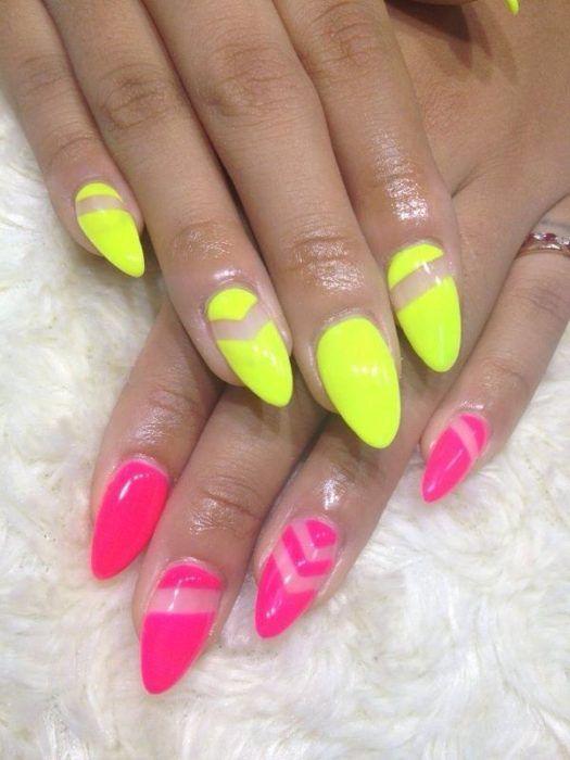 Diseños de uñas neón amarillo rosa forma almendra