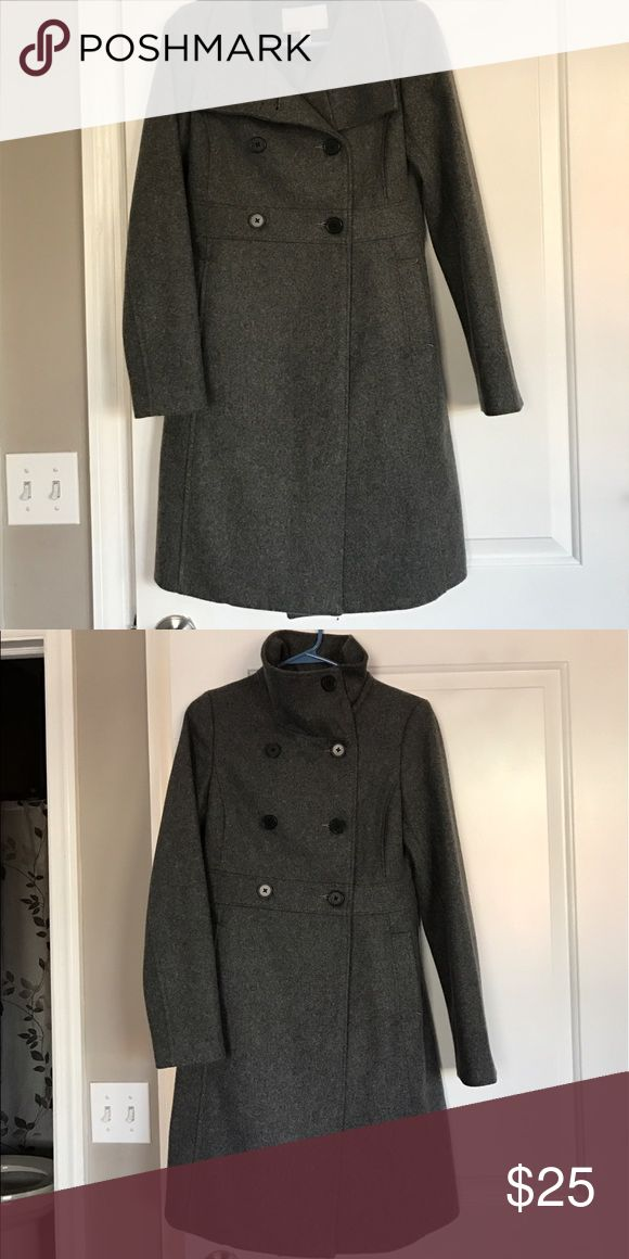 Like new peacoat! Like new , slightly worn gray Old Navy pea coat . Can be worn as a funnel neck or regular! Looks amazing on. Old Navy Jackets & Coats Pea Coats
